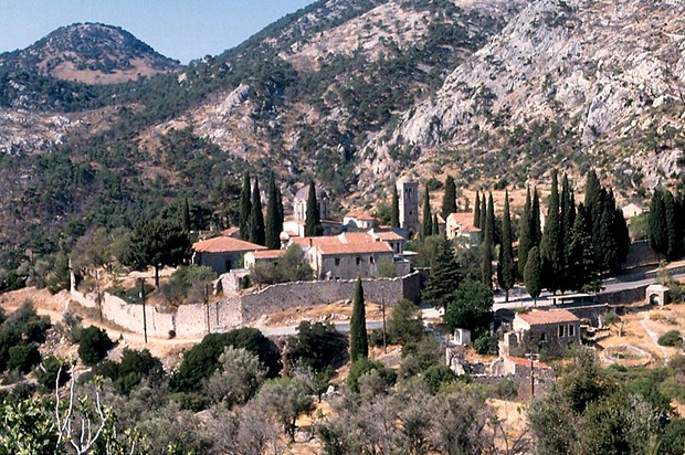 nea-moni-manastiri-binasi